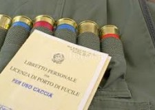 Porto d'armi scaduro : si riconsegna al ritiro di quello nuovo - una circolare del Ministero degli interni semplifica e chiarisce la questione.