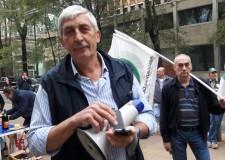 """Protesta ACL in Regione  contro l'assessore Fava : """"vogliamo deroghe e richiami""""."""