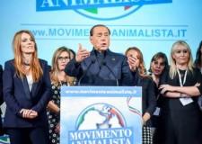 """Berlusconi e la lista dei """"Dudu"""".  Forza Italia si schiera con gli animalisti."""